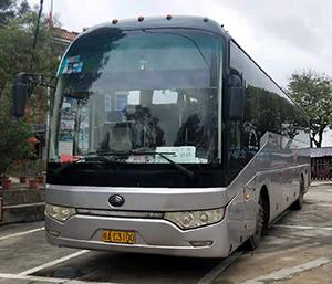 大巴车55座